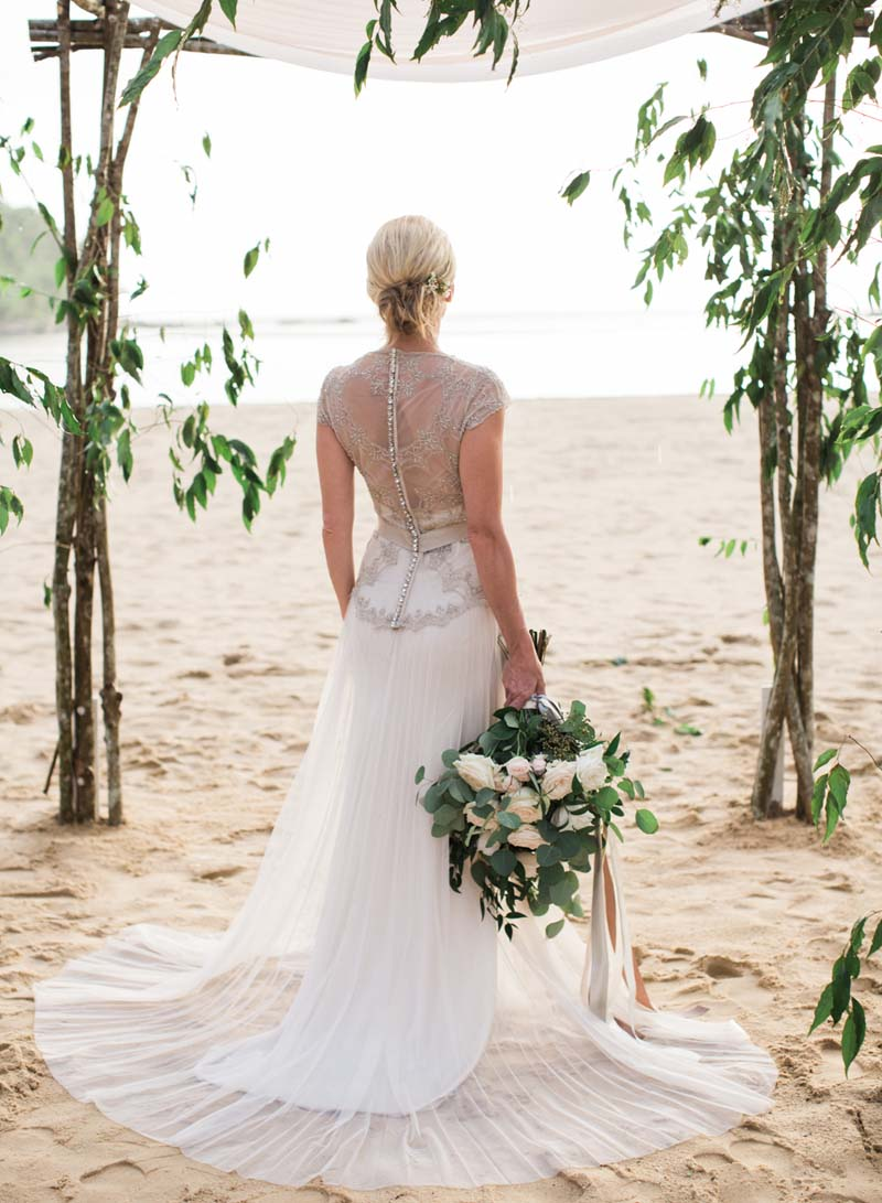 Thailand Elopement Dress Details